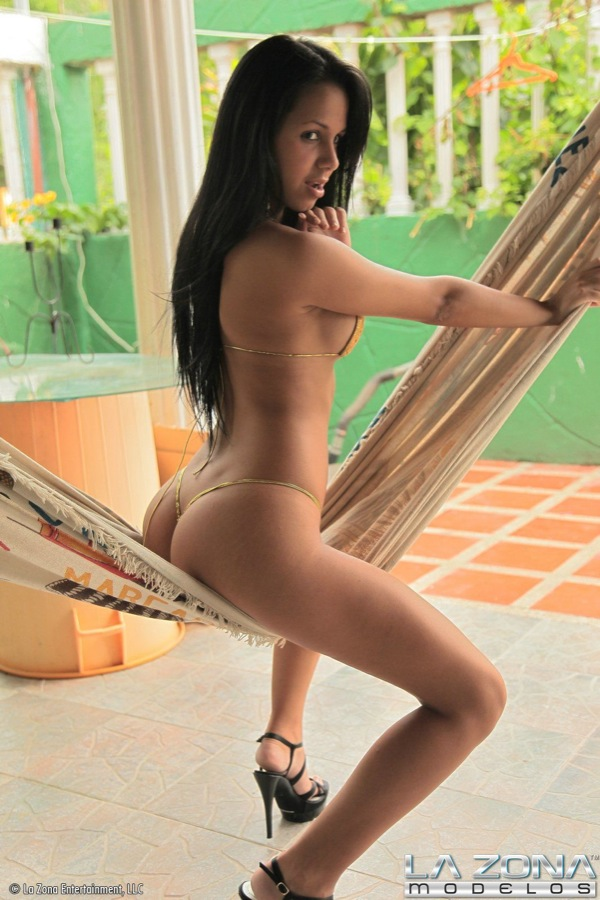 Petite Latina Teen With Perfect Body Strips Out of Bikini